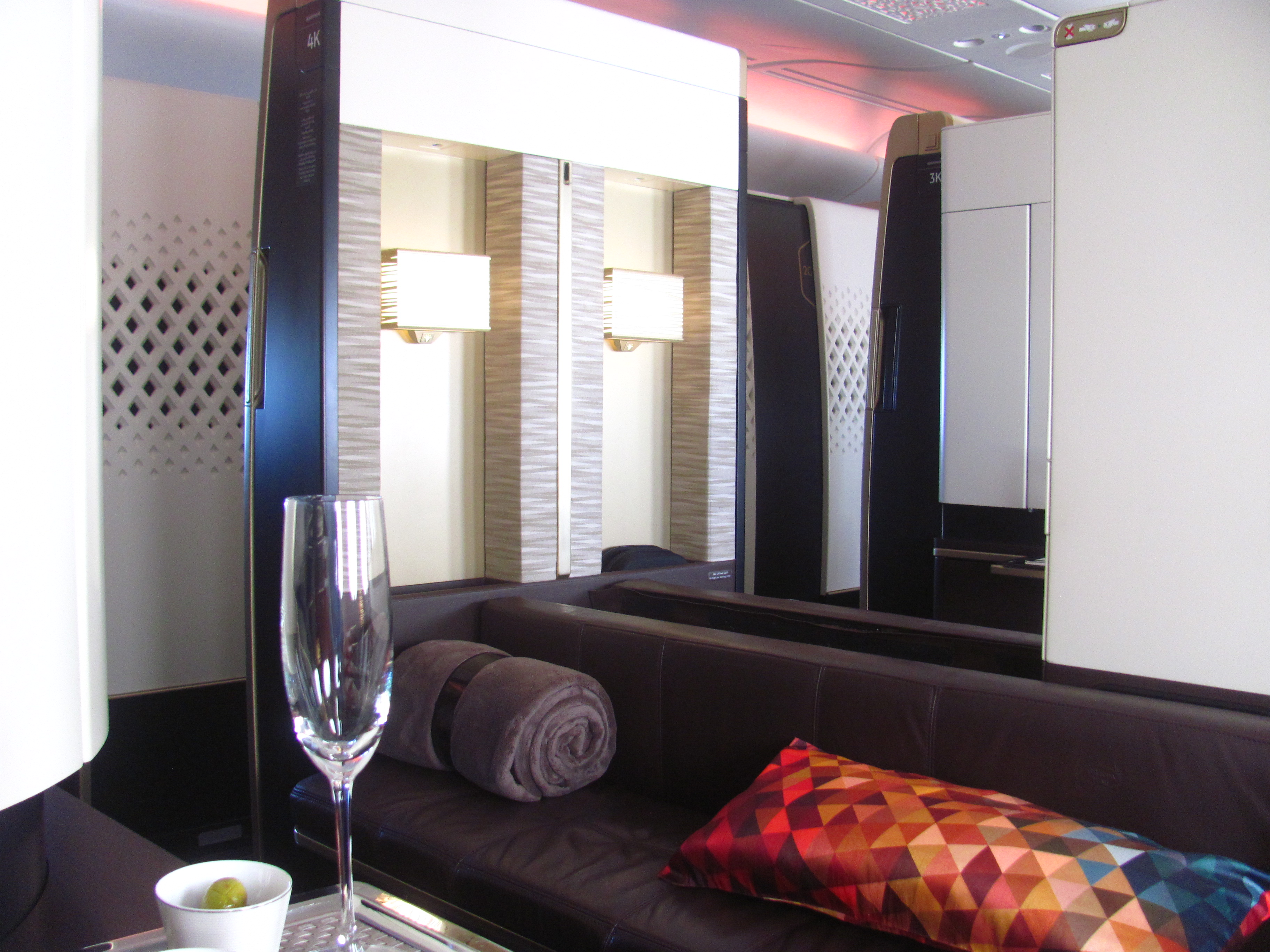 Pic etihad airways a380 first class apartment 4k may 2015 - Since We Were A Couple Travelling Together We Snagged Seats 3k And 4k This Is Very Important Out Of All 9 First Class Apartments There Are Only 2 Pairs