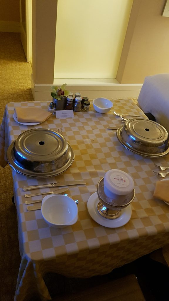 Beverly Hilton In-Room Dining