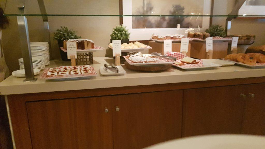 Beverly Hilton Breakfast 2