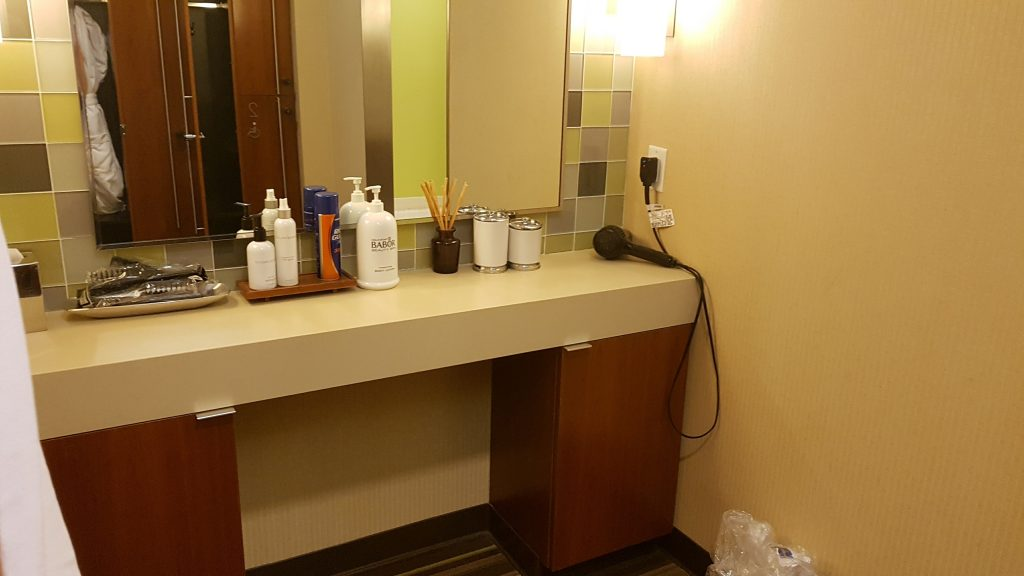 Beverly Hilton Spa Dressing Area