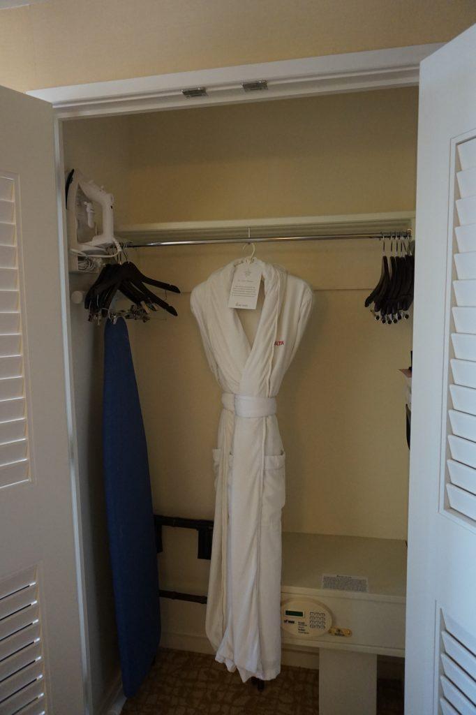 Beverly Hilton Wardrobe