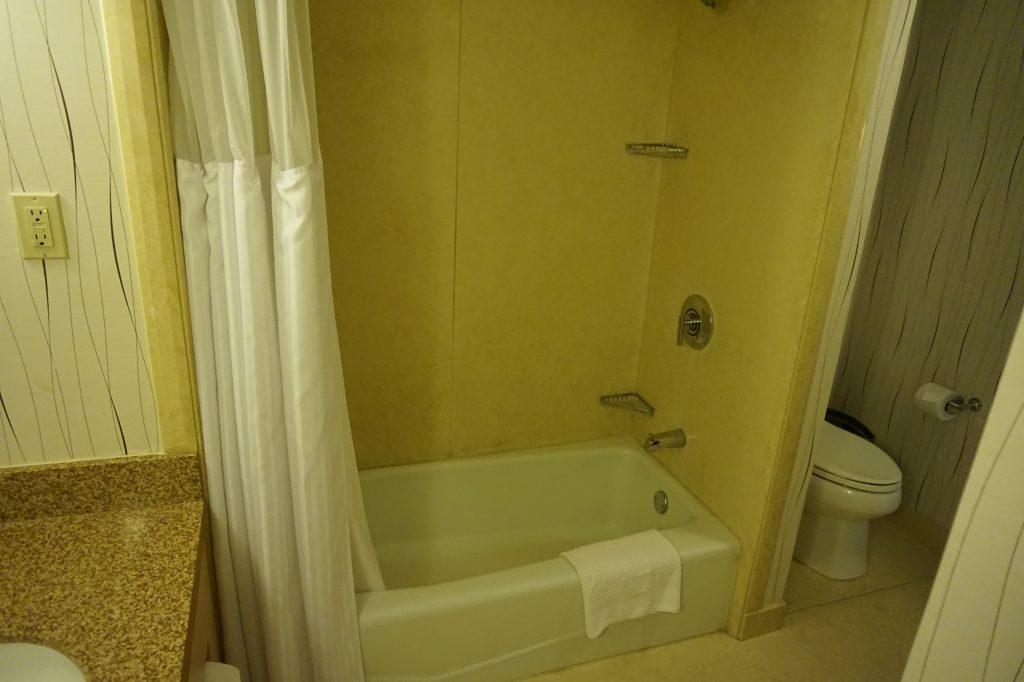 Hilton LAX Bath