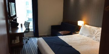 hix_man_room