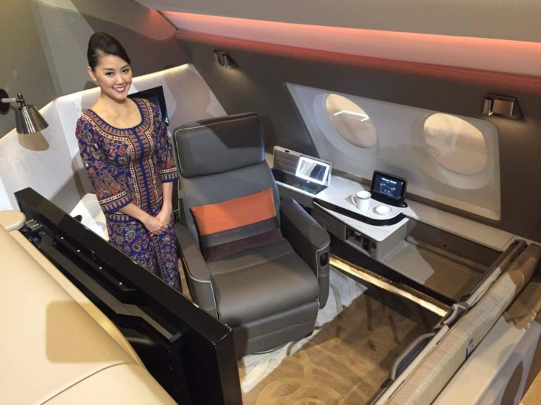 a case of singapore airlines Singapore airlines case solution moreover, it is also analyzed that company is paying extra dividend in 2007, 2011 and 2014 it had also invested additional amount in 2011, which had been shown in cash flow statement that the highest changes in cash had occurred in 2011.
